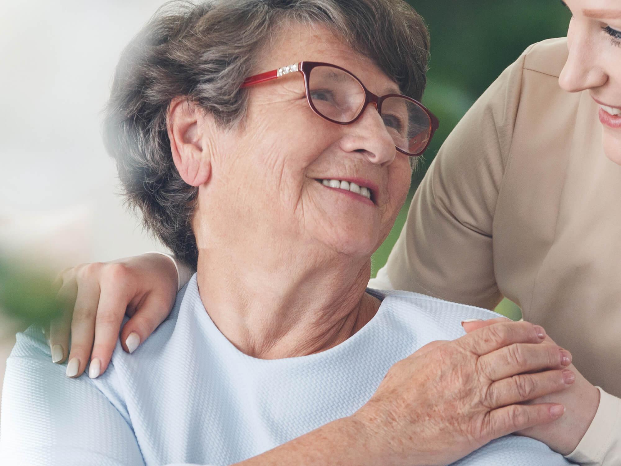 Ratgeber | Pflege | Deutsche Familienversicherung